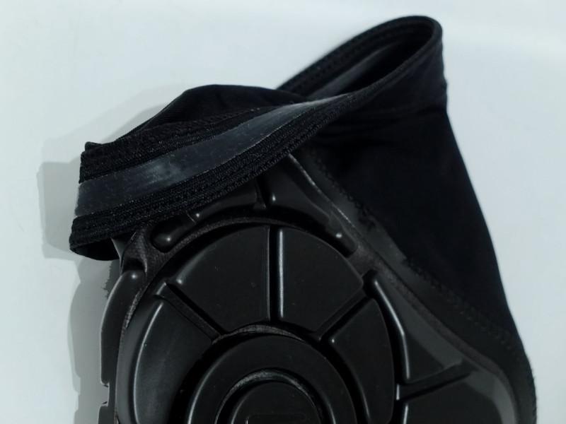 Ochraniacze G-Form silikonowy pasek
