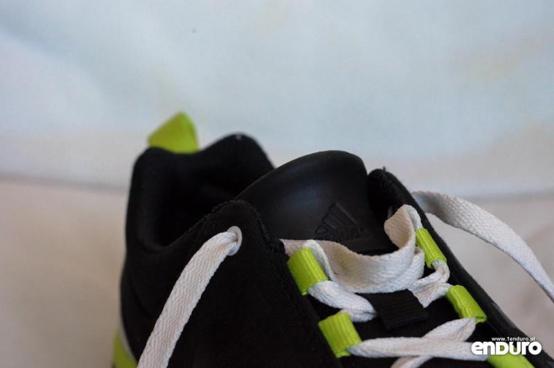 Test Adidas Slack Cruiser tab