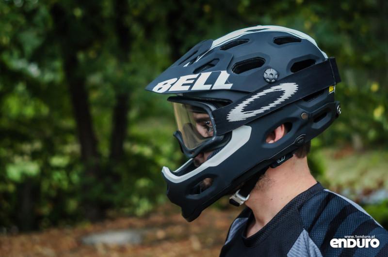 Test Bell Super 2R - szczęka gogle Oakley