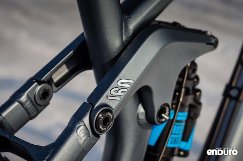 Ile skoku w rowerze enduro? 160 mm