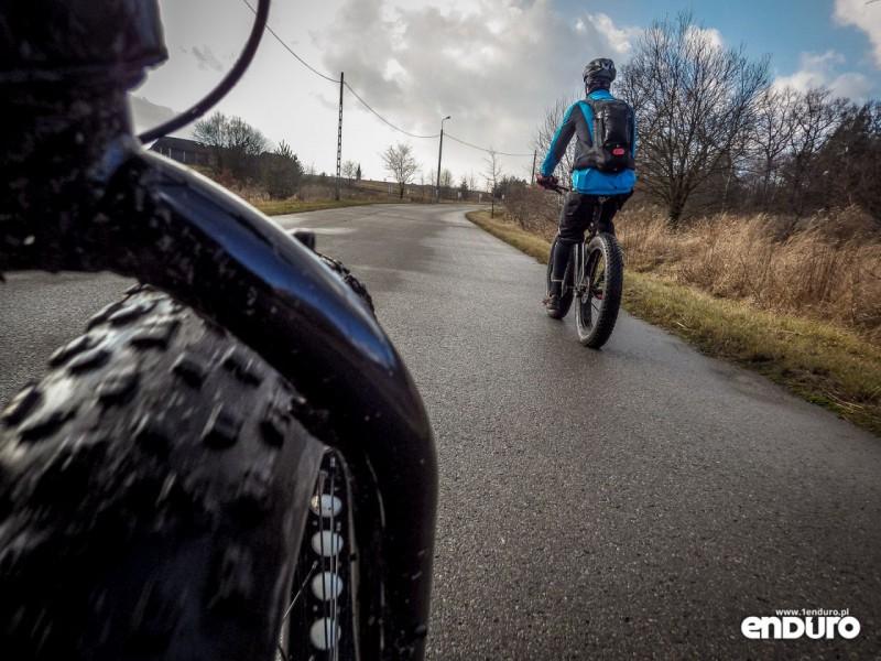 Fat bike - asfalt opory toczenia