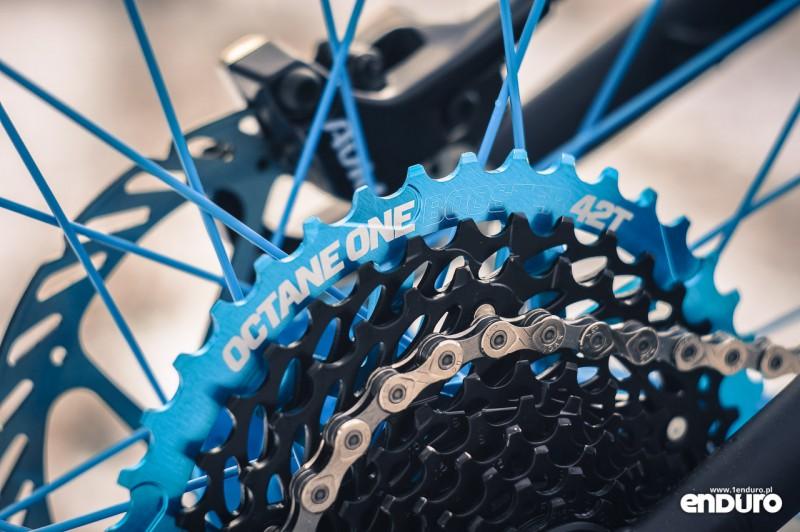 NS Bikes Eccentric Djambo - zębatka Octane One Booster 42T