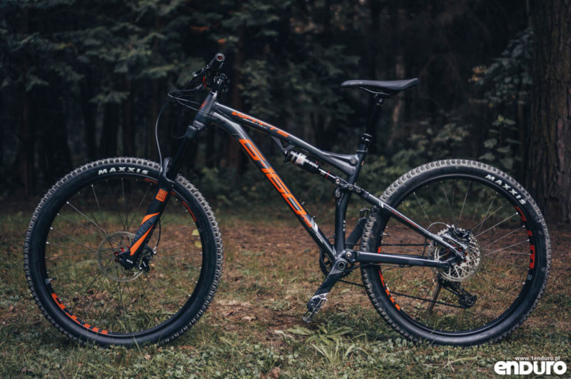 Whyte G-160 RS 2017 - lewy bok