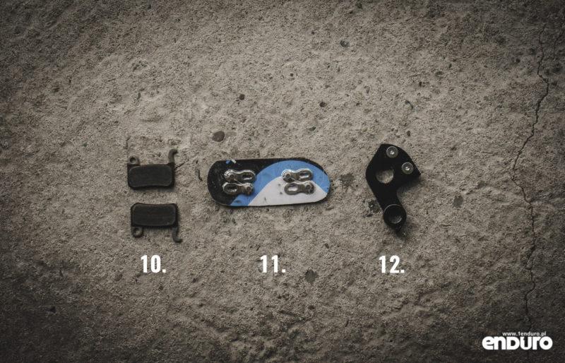 Plecak enduro - co spakować - części zapasowe