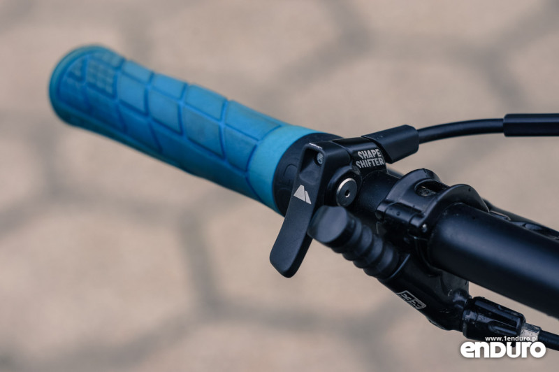 Canyon Strive Al 6.0 Race Shapeshifter lever, Ergon GE1