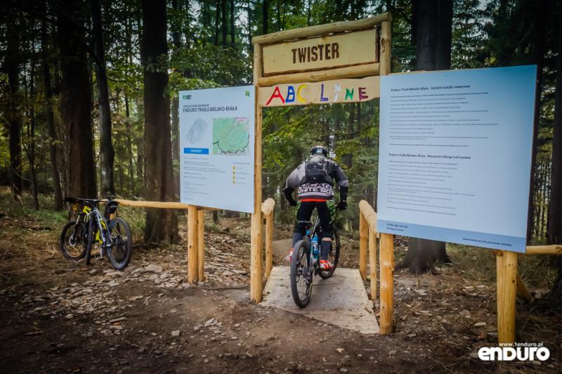 Ścieżki Enduro Trails Bielsko - Twister bramka
