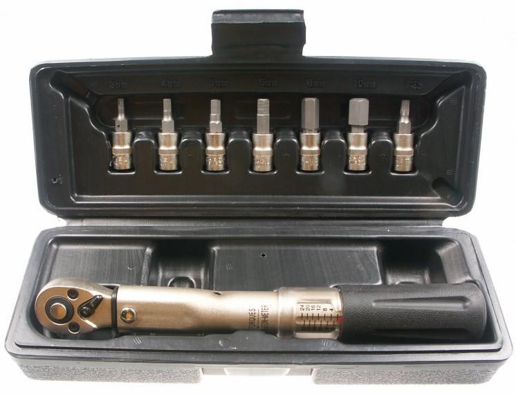 i-klucz-dynamometryczny-mighty-z-regulacja-2-24nm