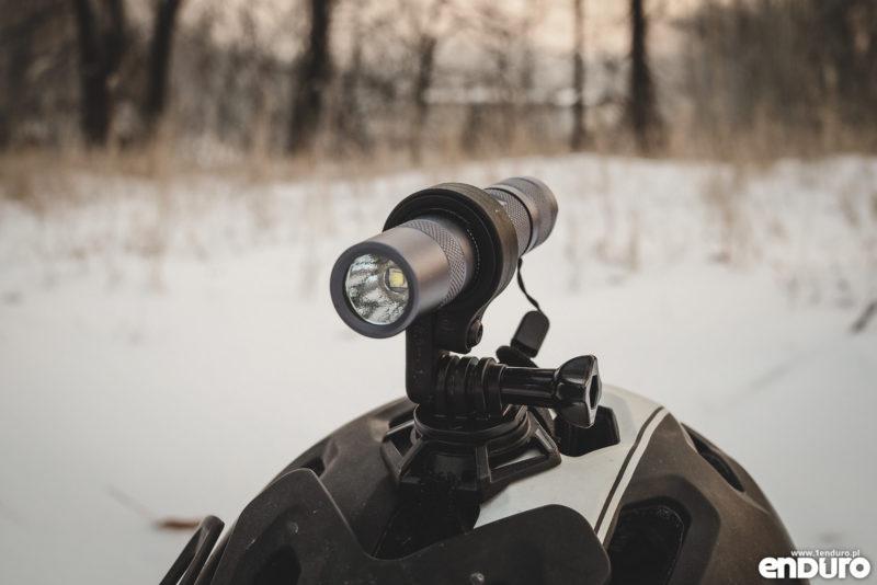 Convoy S2+ - mocowanie latarki GoPro na kasku