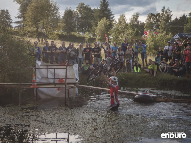 Enduro MTB Series Przesieka 2016 - Water challenge