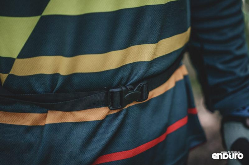 Plecak Kross Pickup 15l - klamra pasa biodrowego