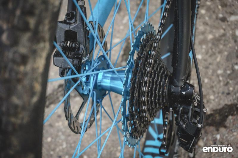 NS Bikes Djambo - kaseta 11-42T i piasta