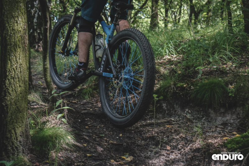 NS Bikes Eccentric Djambo - podjazd
