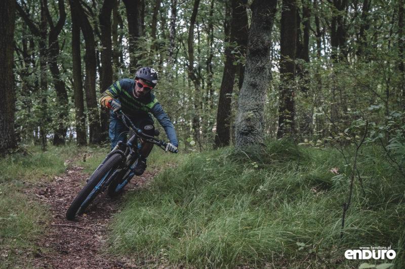 NS Bikes Eccentric Djambo - zakręt płaski