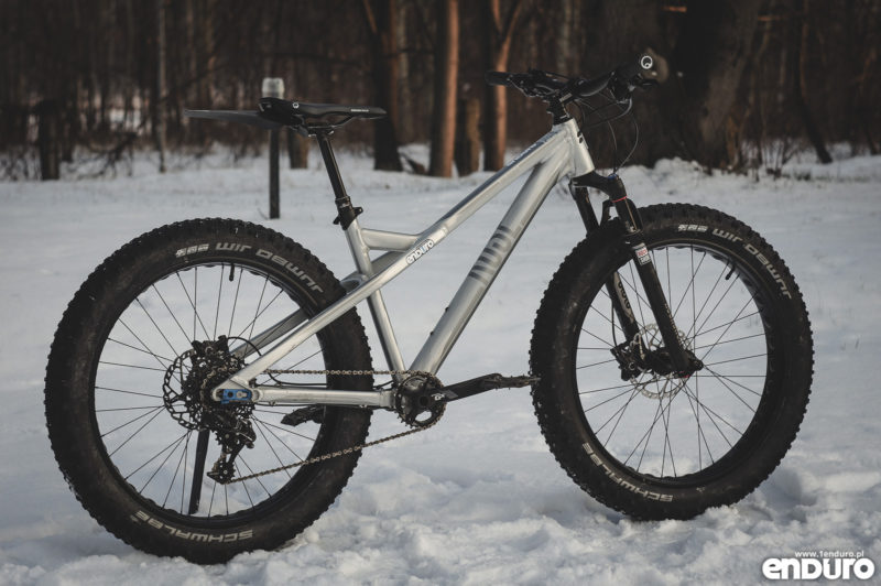 Rose The Tusker - fatbike z amortyzatorem RS Bluto