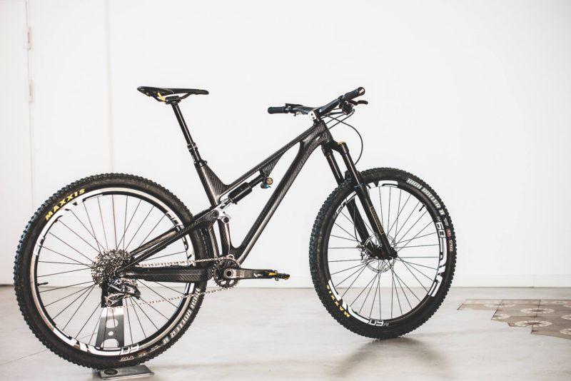 Rower dla bogaczy: UNNO