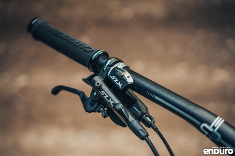 Test Cannondale Jekyll Carbon 3 2018 - manetka i klamka Shimano SLX M7000
