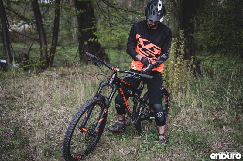 Ubrania enduro Kross - test