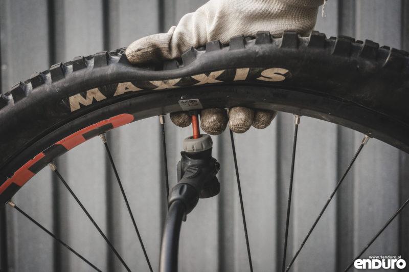 Jak założyć oponę rowerową - pompowanie i uszczelnianie opony