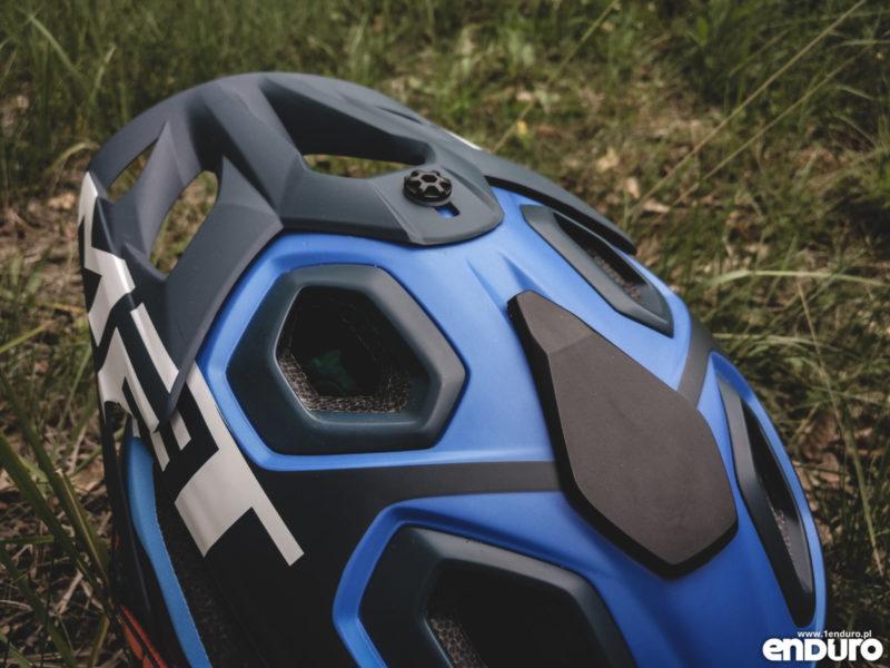 MET Parachute - mocowanie kamery GoPro