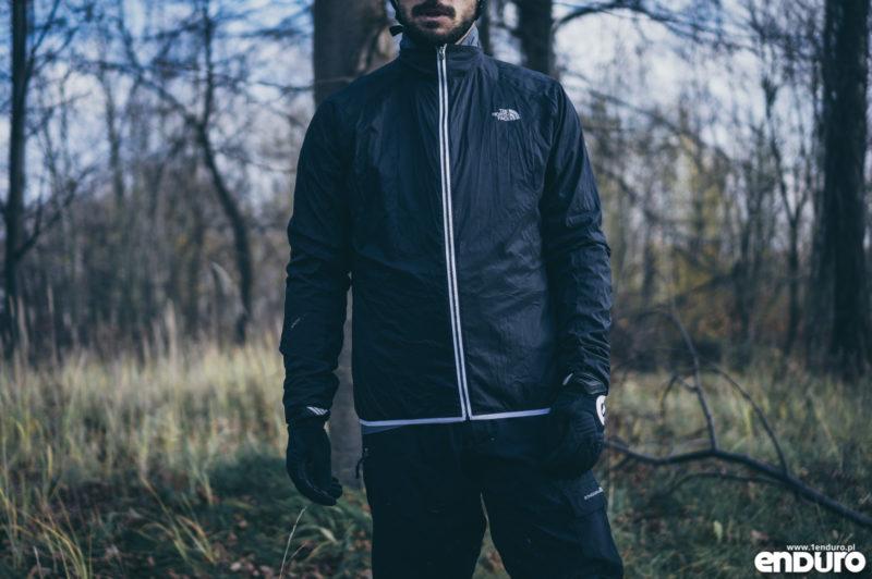 Ubrania rowerowe jesień zima - kurtka wiatrówka przeciwdeszczowa