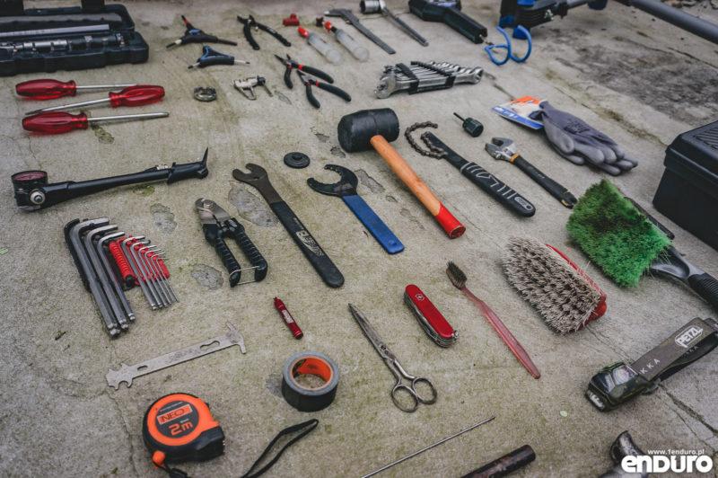 Narzędzia rowerowe do domowego warsztatu
