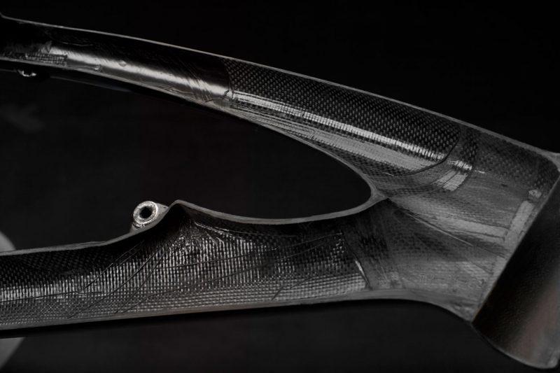 Carbon czy aluminium - ramy rowerowe enduro