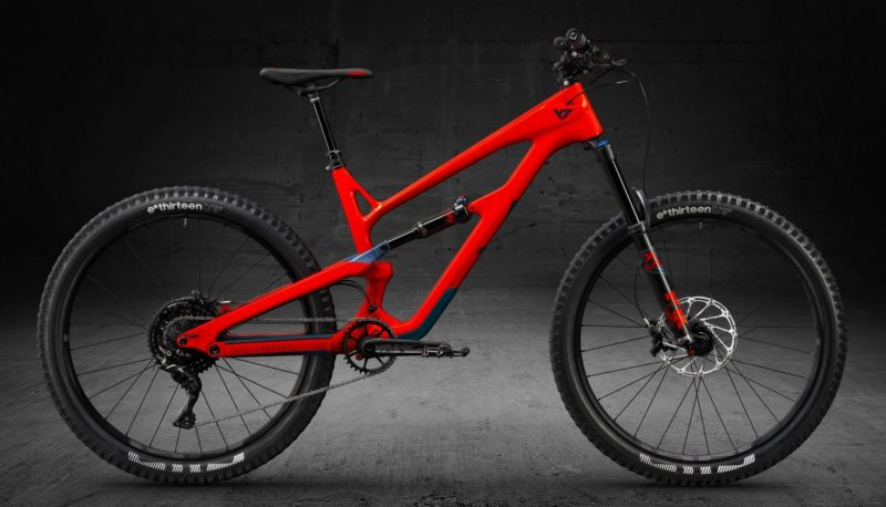 YT Jeffsy 27 CF Comp - rower enduro do 15000 zł