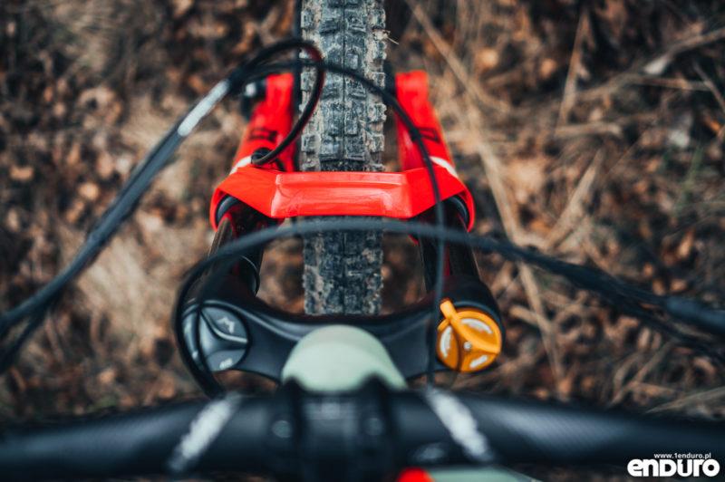 Ustawienia dampera i amortyzatora w rowerze