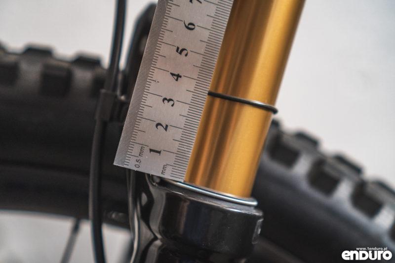 Regulacja zawieszenia - ustawienia amortyzacji w rowerze - jak zmierzyć sag