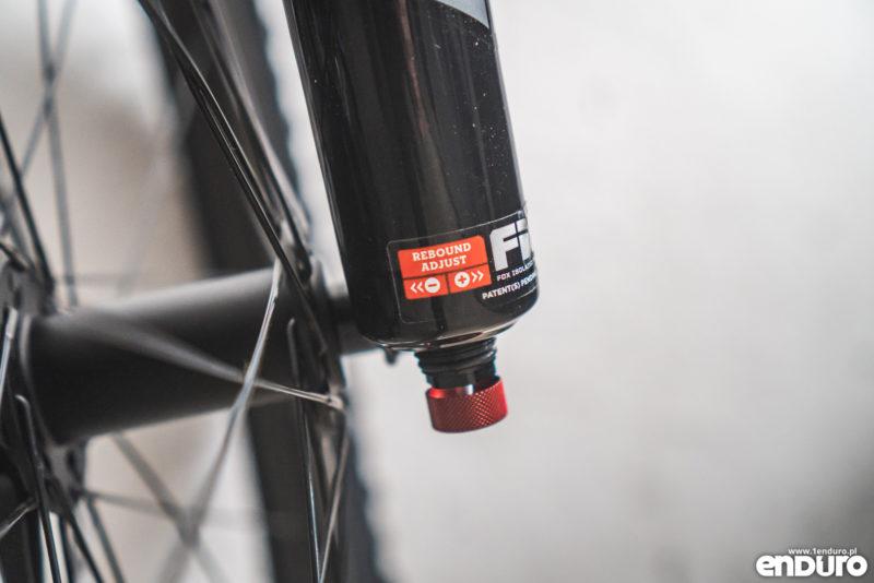 Regulacja zawieszenia - ustawienia amortyzacji w rowerze - tłumienie powrotu