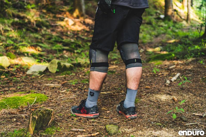 Ochraniacze na kolana iXS Flow Evo+